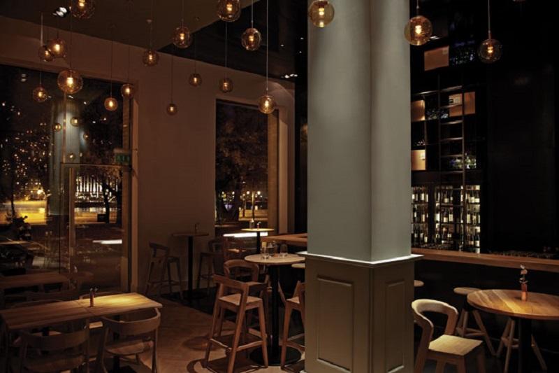 Zona-bar-Restaurant-in-Budapest-Hungary-POS1T1ON-yatzer-8